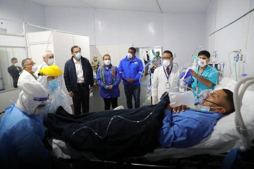 El presidente de la República, Martín Vizcarra, visita e inaugurará la nueva Villa EsSalud San Juan de Lurigancho, destinada para la atención de pacientes Covid-19
