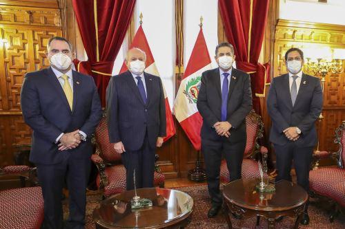 Coronavirus: Pedro Cateriano se reúne con el presidente del Congreso