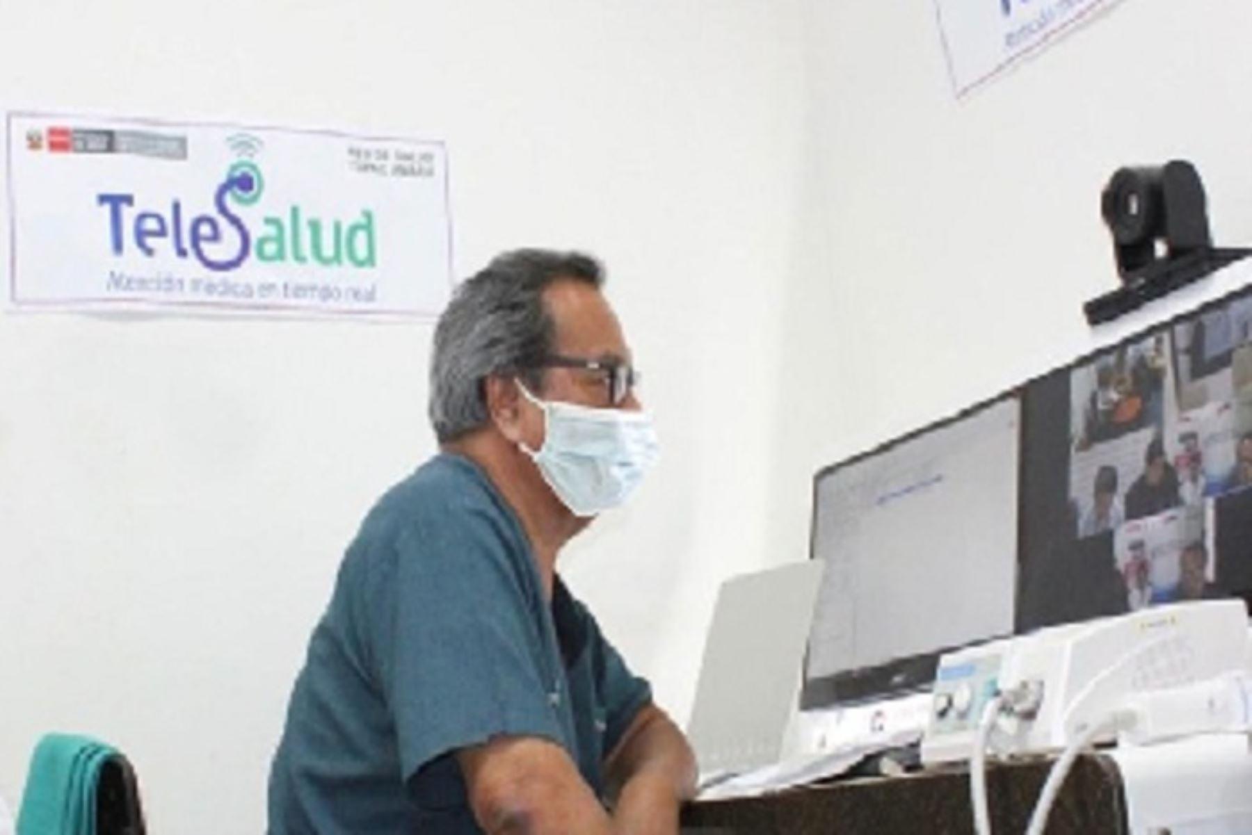 Asimismo, son 2,199 establecimientos de salud incorporados a la Red Nacional de Telesalud, quienes desarrollan los servicios de esta plataforma de acuerdo a su nivel resolutivo.