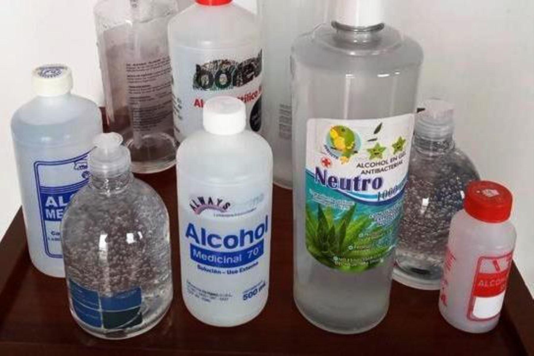 Minsa recomienda usar alcohol en gel solo en lugares donde no haya agua y jabón. Foto: ANDINA/difusión.
