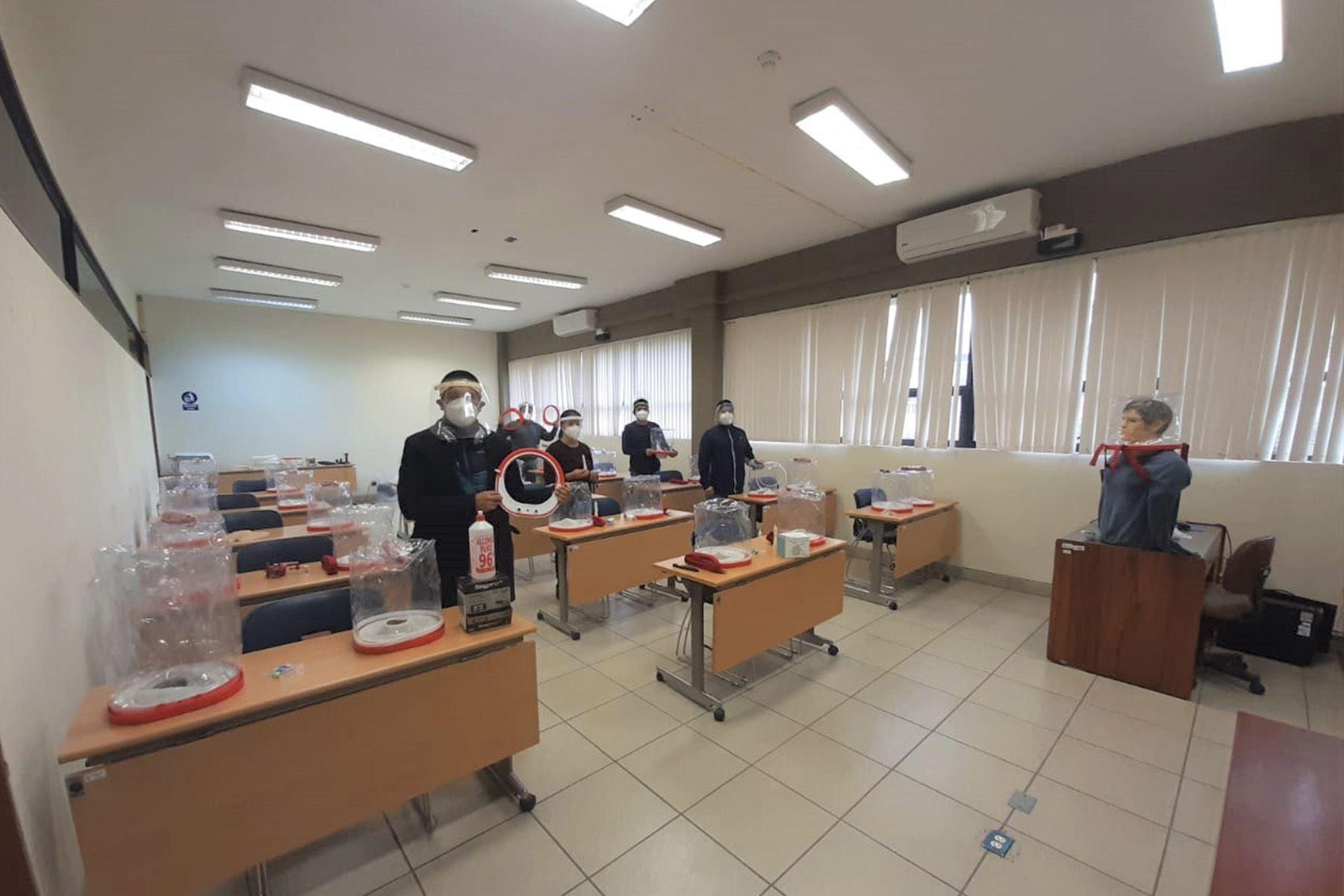 El novedoso Oxigenador no invasivo diseñado por un equipo de investigación de la Universidad Nacional de Ingeniería (UNI) ya está siendo utilizado en decenas de hospitales.