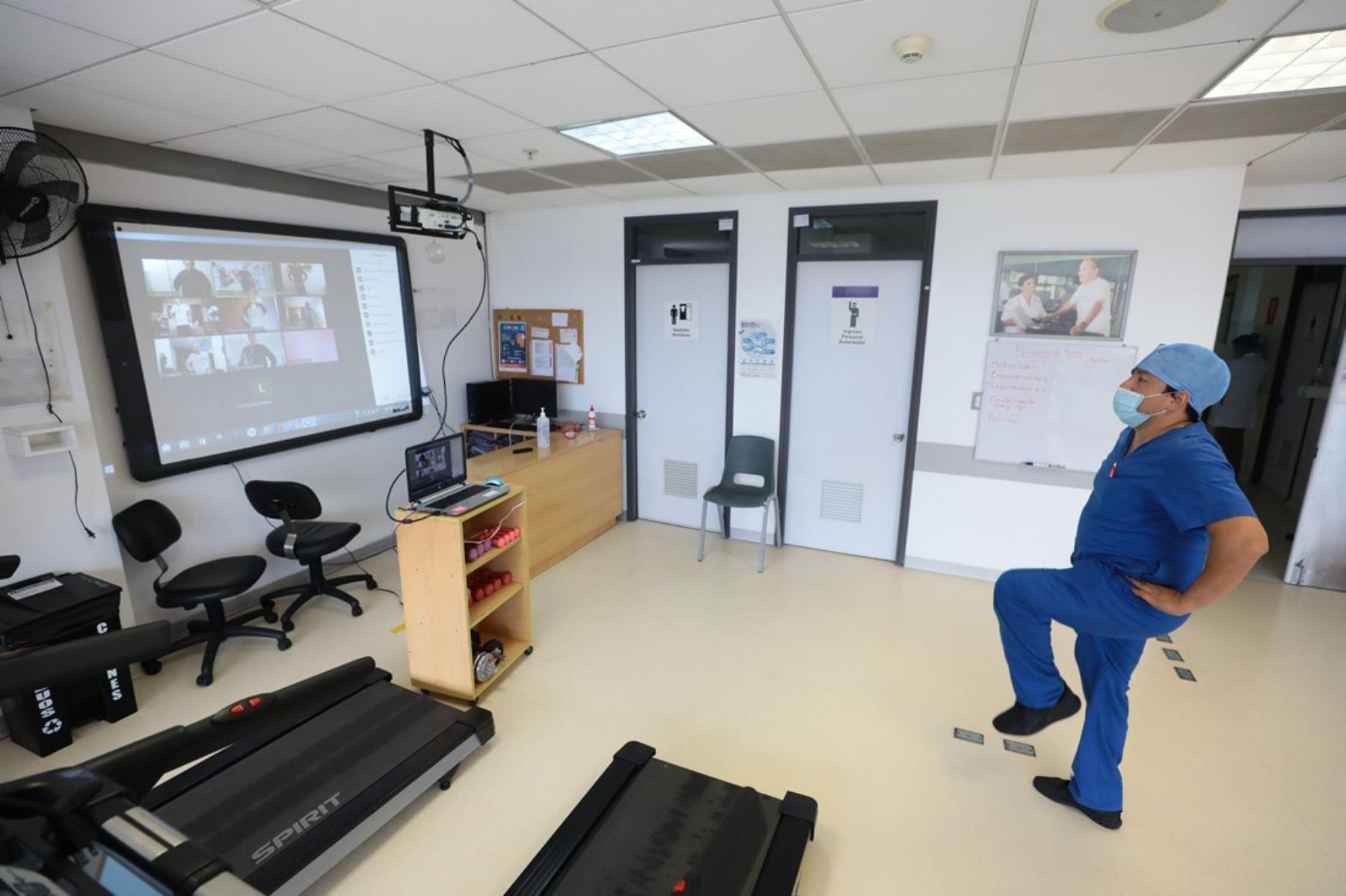 EsSalud: asegurados con problemas cardiacos fueron atendidos con Telemedicina. Foto: ANDINA/Difusión.