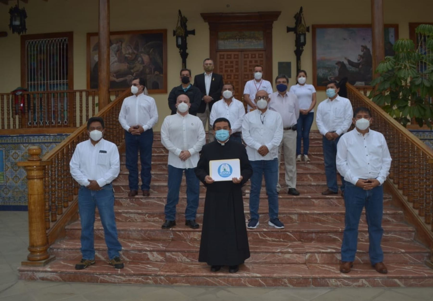 Liberteños se unieron y en campaña Respira Trujillo recolectaron más de S/ 536,000 para adquirir balones y planta de producción de oxígeno medicinal para atender a pacientes covid-19.