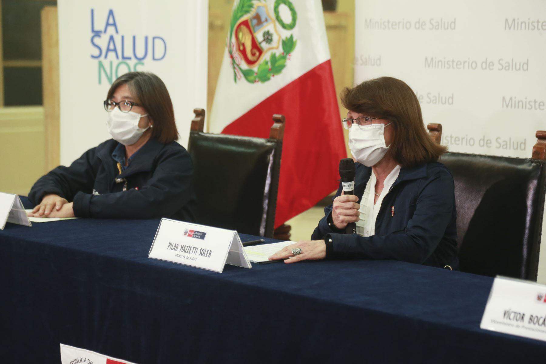 Conferencia de prensa de la ministra de Salud, Pilar Mazzetti. Foto: Minsa
