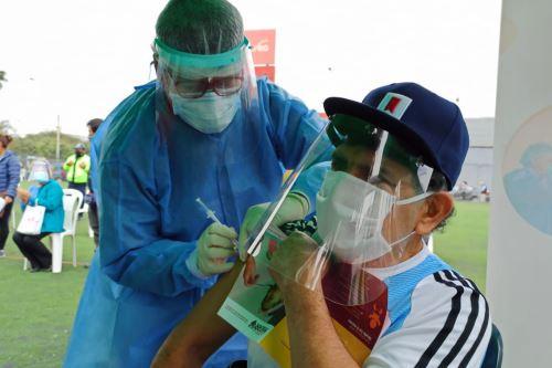 Coronavirus: Equipos de Respuesta Rápida del Minsa brindaron atención integral de salud a familias de Villa El Salvador y Surco