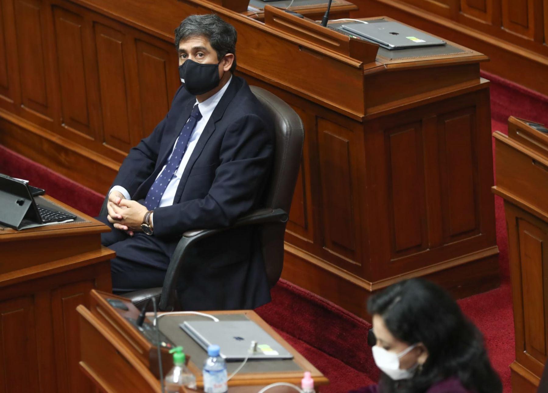 Carlos Lozada, ministro de Vivienda, Construcción y Saneamiento. Foto: PCM