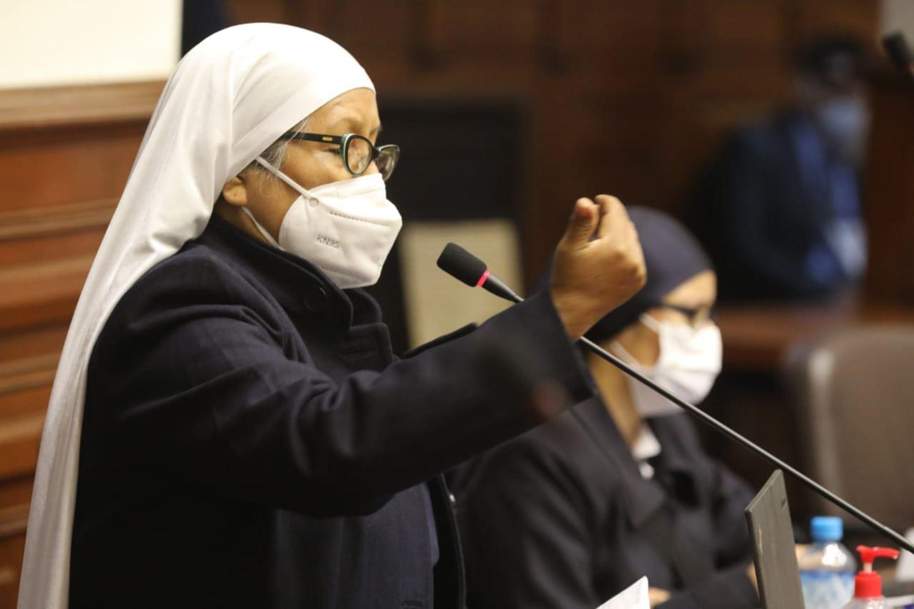 Intervención de la congresista María Céspedes Cárdenas del Frepap en el pleno del congreso. Foto: Cogreso de la República