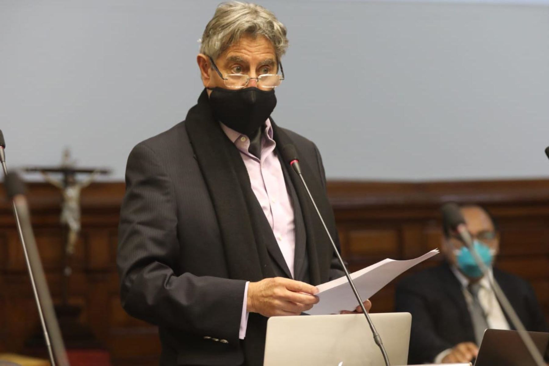 Congresista Francisco Sagasti del partido Morado interviene en el pleno del Congreso.  Foto: Congreso de la República