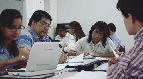 Docentes peruano ganan concurso para el programa virtual de formación en ciencias. Foto: Concytec