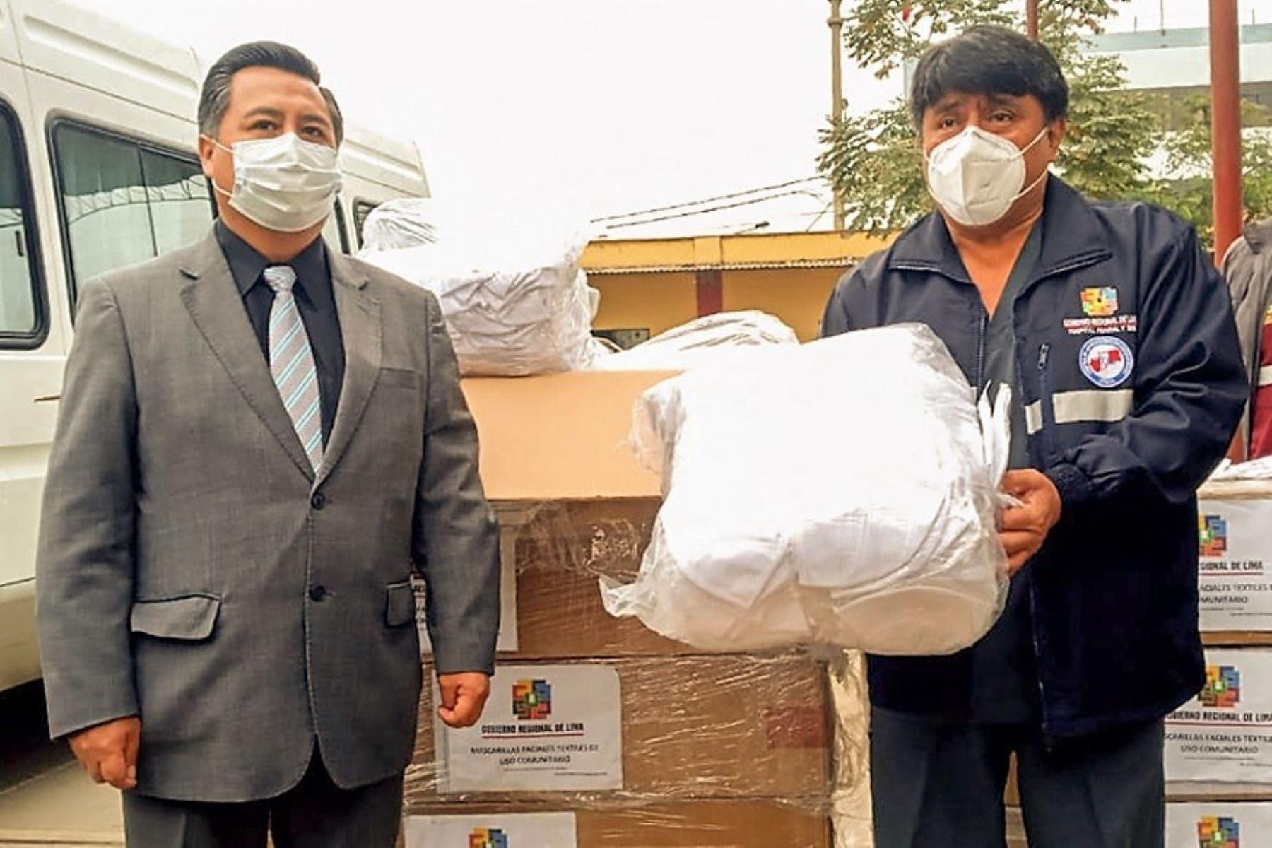 Gobierno regional de Lima refuerza acciones contra el covid-19 y entrega mascarillas comunitarias para población vulnerable de Huaral. Foto: ANDINA/Difusión