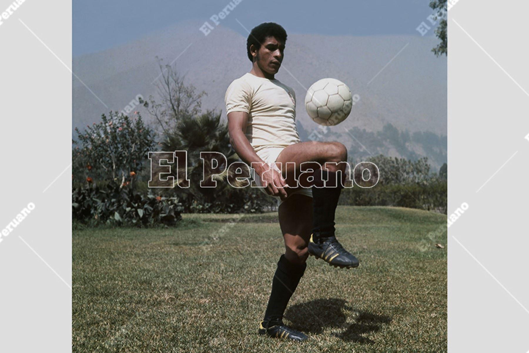 Héctor Chumpitaz, capitán de Universitario de Deportes. Foto: Archivo Histórico de El Peruano