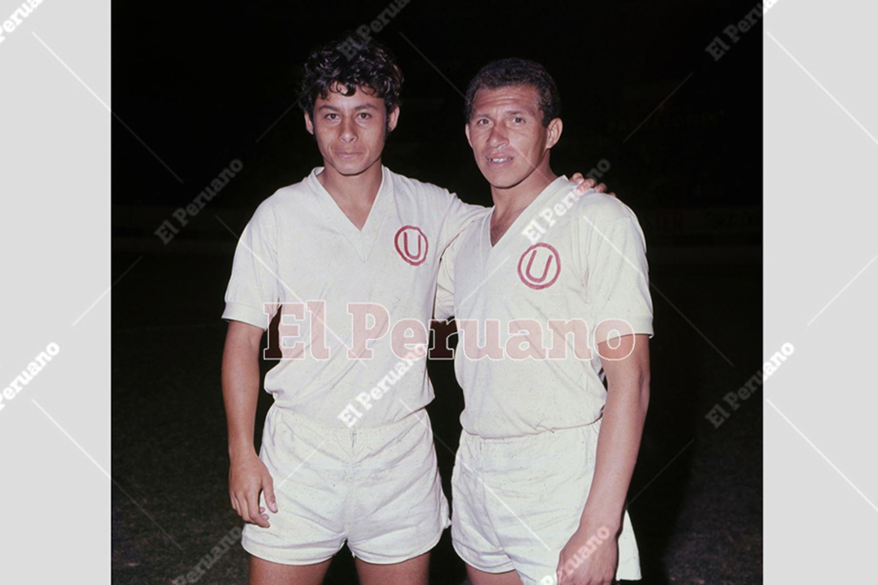 Roberto Chale y Luis Cruzado, figuras del mediocampo de Universitario de Deportes. Foto: Archivo Histórico de El Peruano