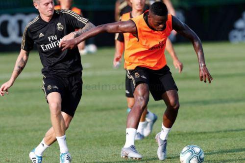 Liga de Campeones: Real Madrid completa su último entrenamiento