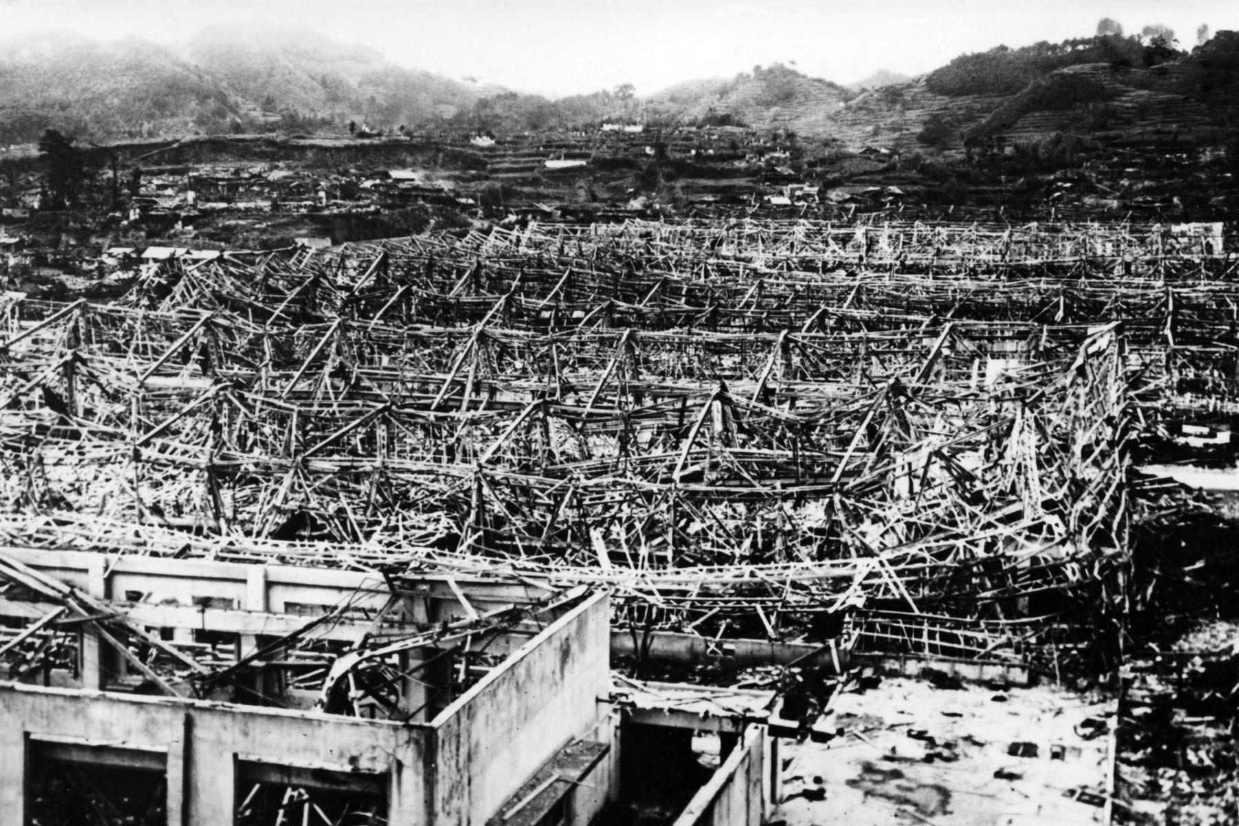 Esta foto archivada con fecha de 1945 muestra la devastada ciudad de Nagasaki después de que una bomba atómica fue arrojada por una Fuerza Aérea estadounidense B-29 el 9 de agosto de 1945. Foto: AFP