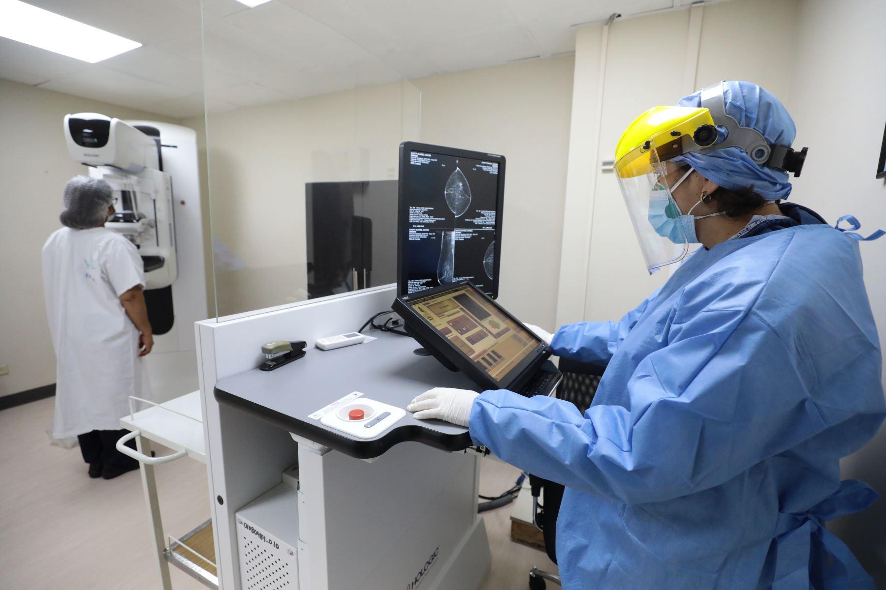 EsSalud pone en marcha el primer centro oncológico preventivo en Lima. Foto: ANDINA/Essalud