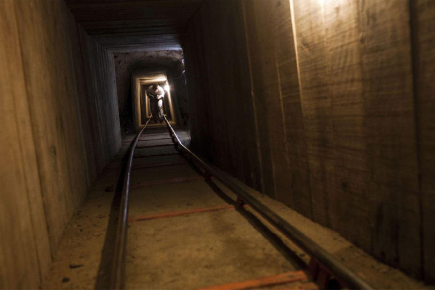 El túnel está equipado con un sistema de ventilación, líneas de agua, cableado eléctrico, sistema de rieles, refuerzo extenso y apuntalamiento mediante una técnica conocida por su uso común en sofisticados túneles subterráneos. Foto: Internet