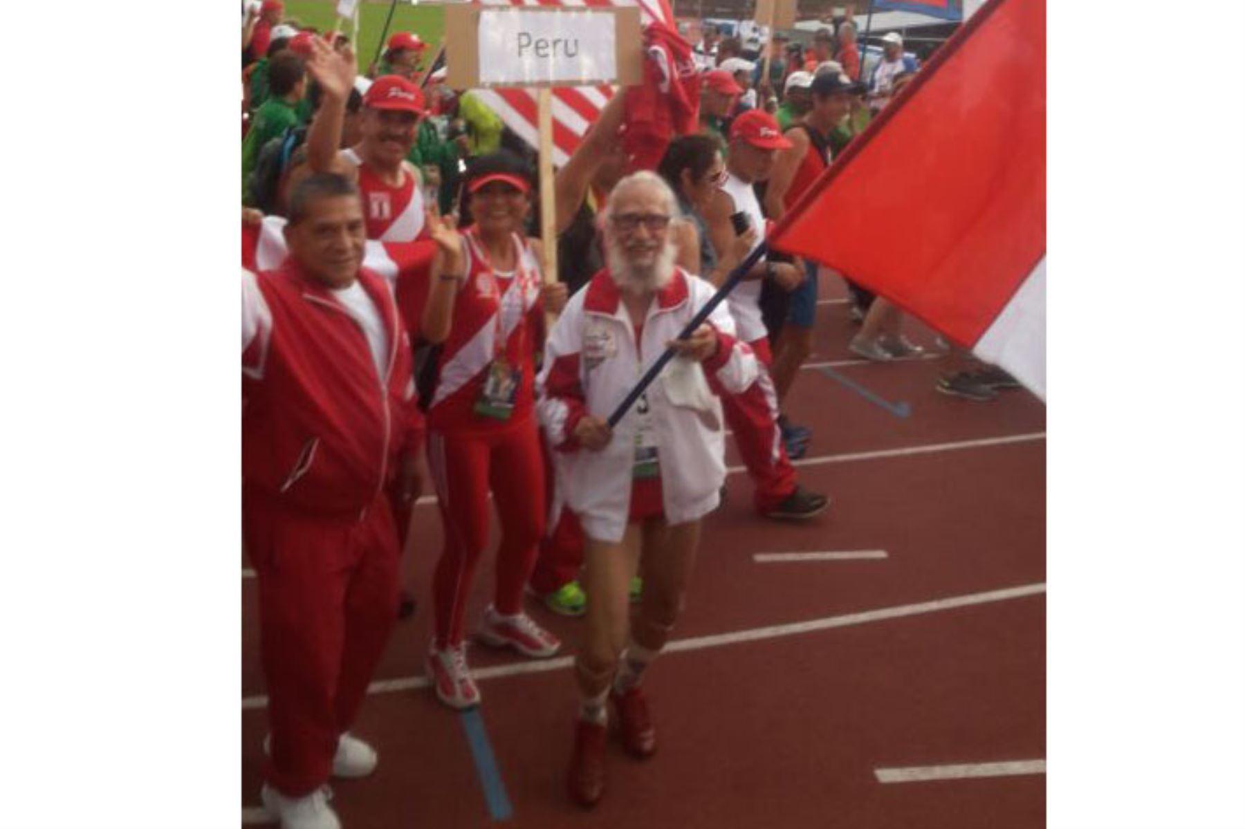 Hugo Delgado, médico psiquiatra de profesión, luego de su jubilación se dedicó al atletismo. Foto: Difusión