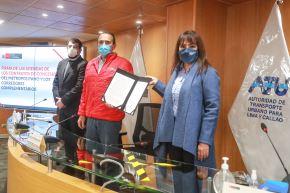 La ATU y representante de Protransporte firmaron adendas de cesión del Metropolitano y los corredores complementarios. Foto: ANDINA/MTC