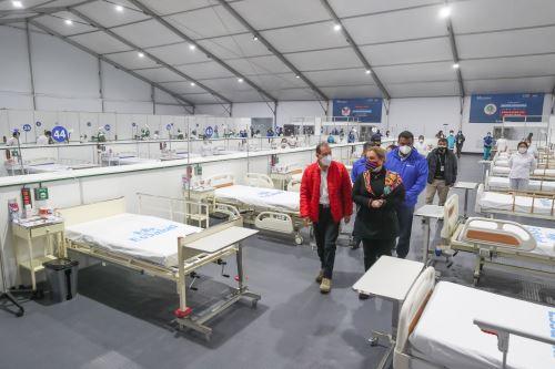 Coronavirus: Jefe del Gabinete supervisa nuevos ambientes en centro de aislamiento en Villa Panamericana