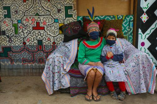 Día Mundial de los Pueblos Indígenas: Ministro de Cultura visita Comunidad Shipibo Konibo de Cantagallo