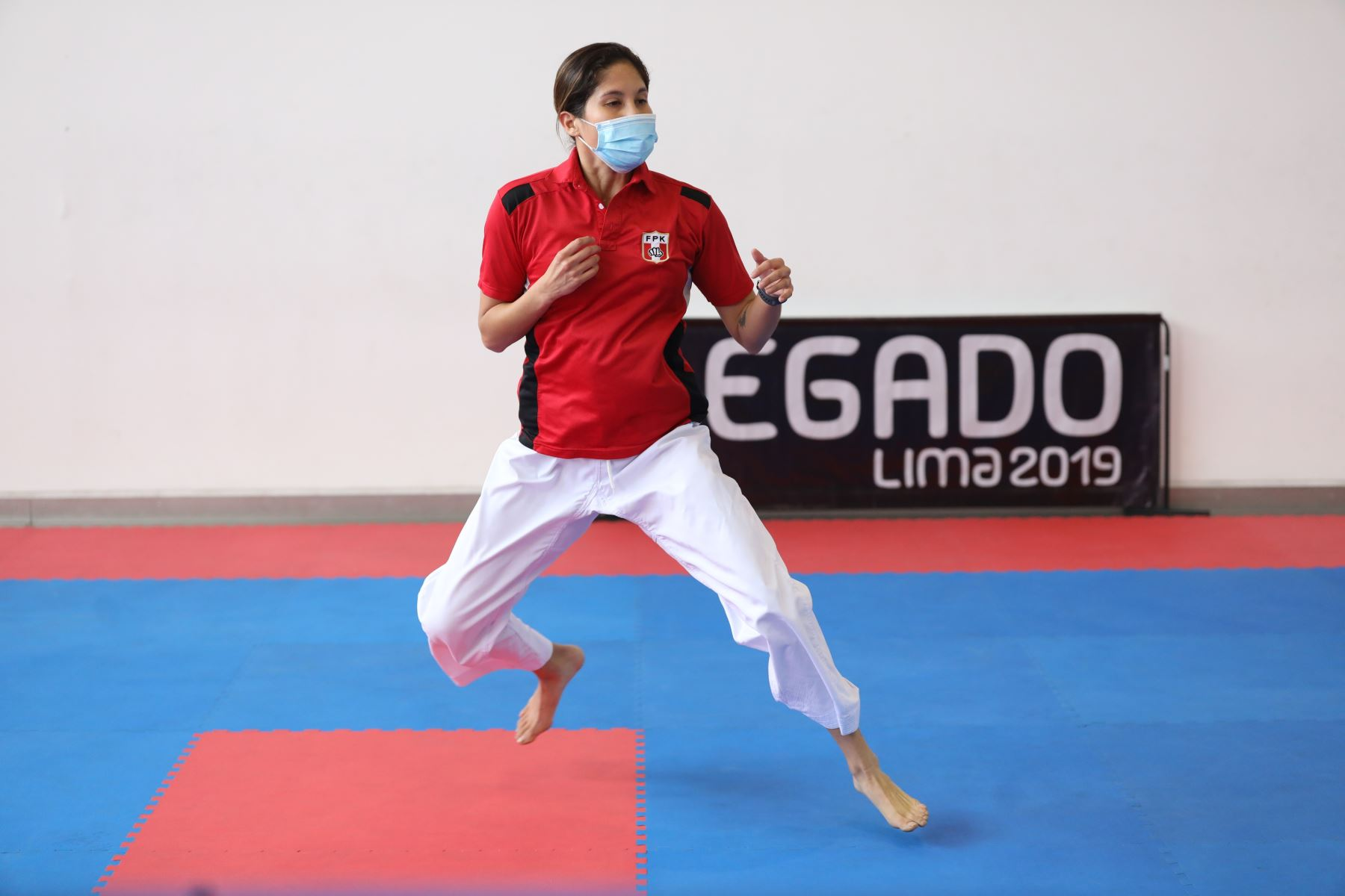 El karate es uno de los deportes que  ya entrena en la Villa Deportiva Nacional (Videna)