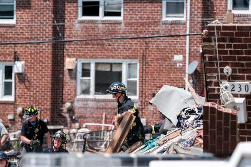 Un muerto, 5 heridos y 3 casas destruidas por explosión de gas en Baltimore
