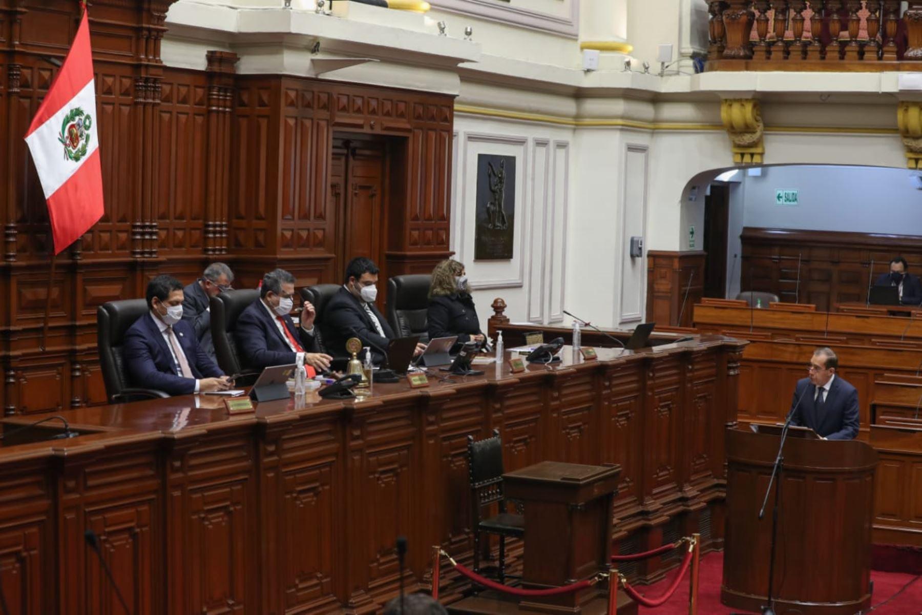 Primer ministro Walter Martos expone políticas del Gobierno para obtener el voto de confianza del Congreso. Foto: ANDINA/PCM