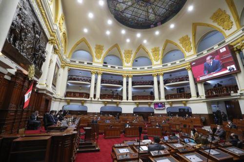 El jefe del Gabinete Ministerial, Walter Martos, sustenta política general del Gobierno para obtener voto de confianza