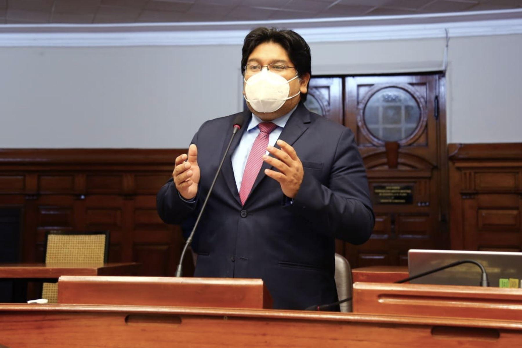 Espinoza: solo abogado del presidente debe ejercer su defensa en el Congreso | Noticias