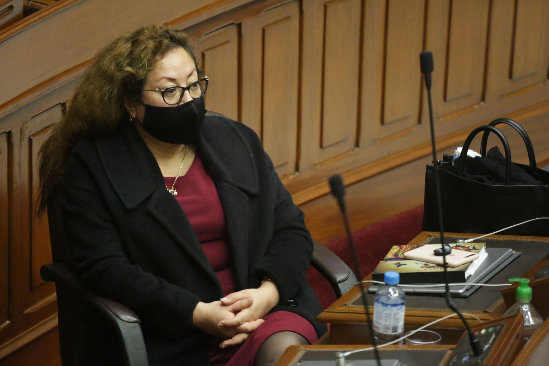 Ministra de Ambiente, Kirla Echegaray, se presenta ante Congreso junto a gabinete ministerial para solicitar voto de confianza. Foto: ANDINA/PCM