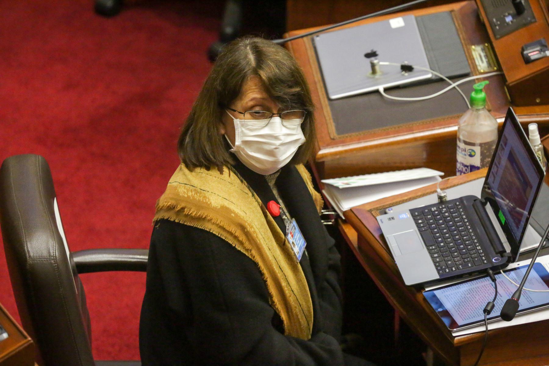 Ministra de Salud, Pilar Mazzetti, se presenta ante Congreso junto a gabinete ministerial para solicitar voto de confianza. Foto: ANDINA/PCM