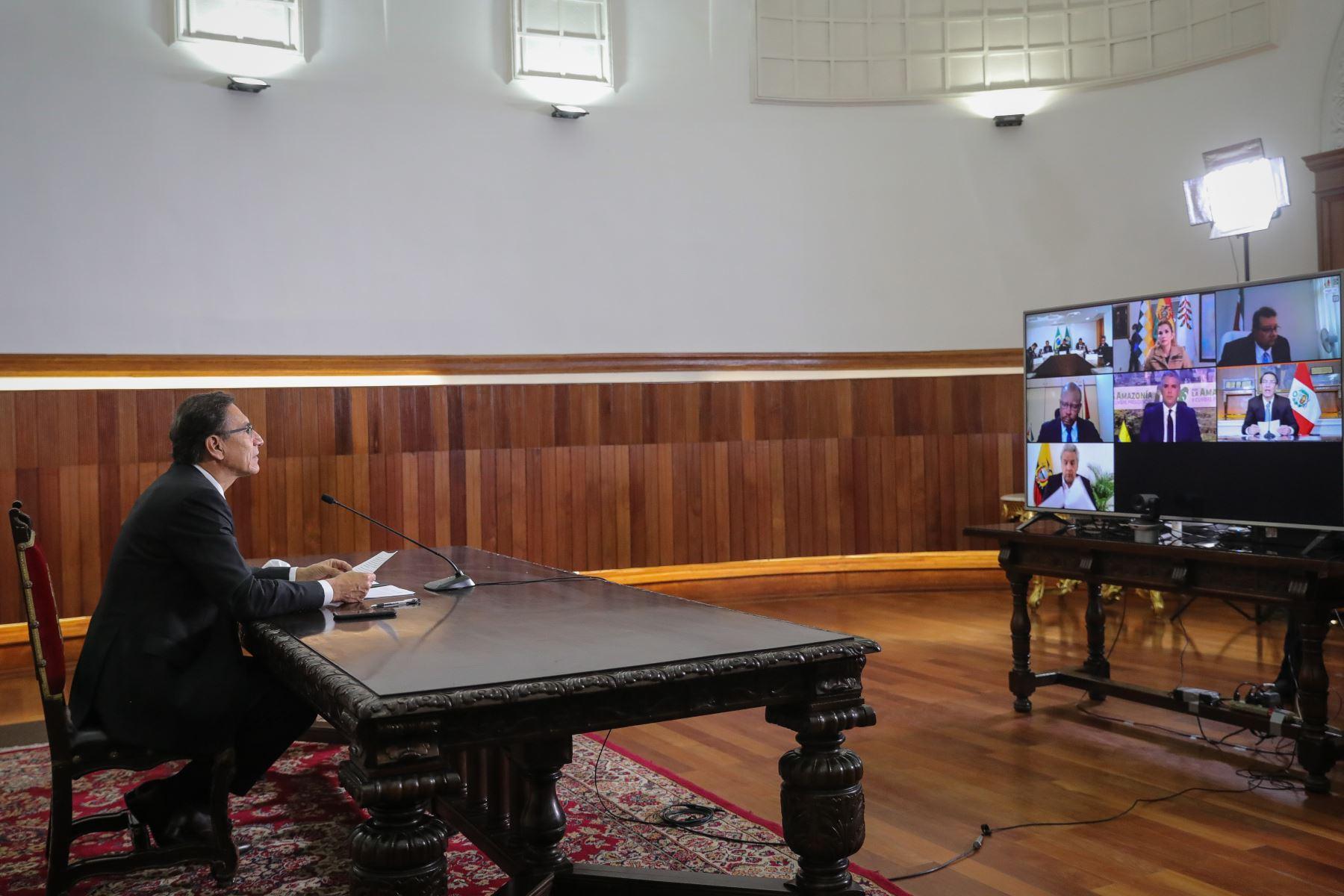El presidente Martín Vizcarra, participó, de manera virtual, de la II Cumbre Presidencial del Pacto de Leticia por la Amazonía, con el firme compromiso de continuar trabajando, a través de un enfoque inclusivo y equitativo, en el desarrollo de las poblaciones amazónicas. Foto: ANDINA/ Prensa Presidencia