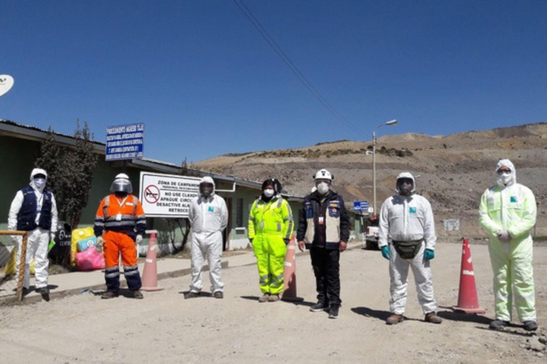 El titular de la Dirección Regional de Energía, Minas e Hidrocarburos Pasco, Juan Rojas, visitó la contrata minera JRC, que brinda servicios a la empresa minera El Brocal. Foto: ANDINA/Difusión