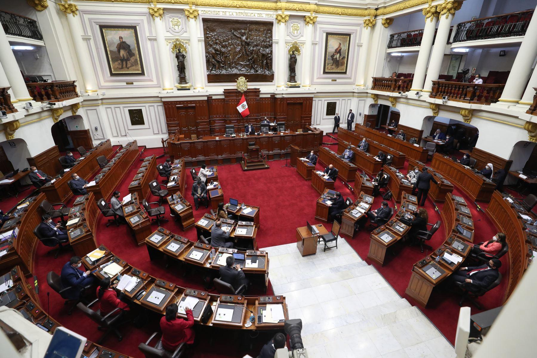 Primer ministro Walter Martos, se presenta ante el Congreso para exponer políticas del Gobierno y solicitar el voto de confianza.  Foto: ANDINA/PCM
