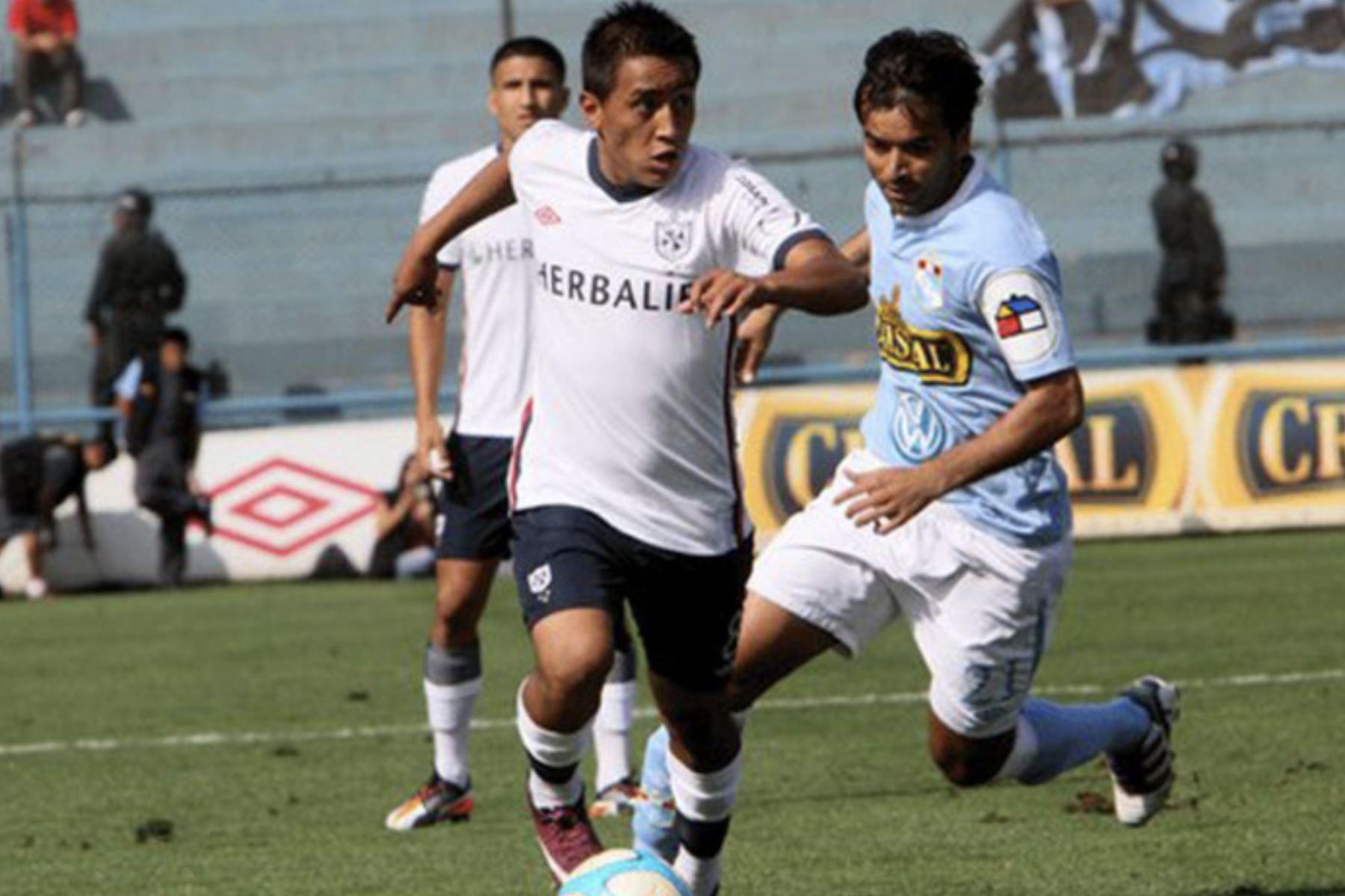 Christian Cueva formó parte del Club Deportivo de la Universidad de San Martín de Porres del 2008 al 2012. Foto: Fuente USMP