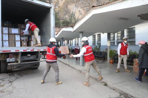 Coronavirus: Trasladan 333 cajas de EPP para cuerpo médico y pacientes de Huancavelica