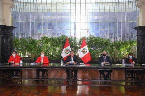 El presidente Martín Vizcarra brinda un pronunciamiento en torno a las nuevas medidas que adoptará el Gobierno frente a la pandemia del covid-1