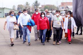 La ministra de Justicia y Derechos Humanos, Ana Neyra Zegarra, llevó equipos e insumos médicos a la región Junín para fortalecer la lucha contra el covid-19. Foto: ANDINA/Difusión