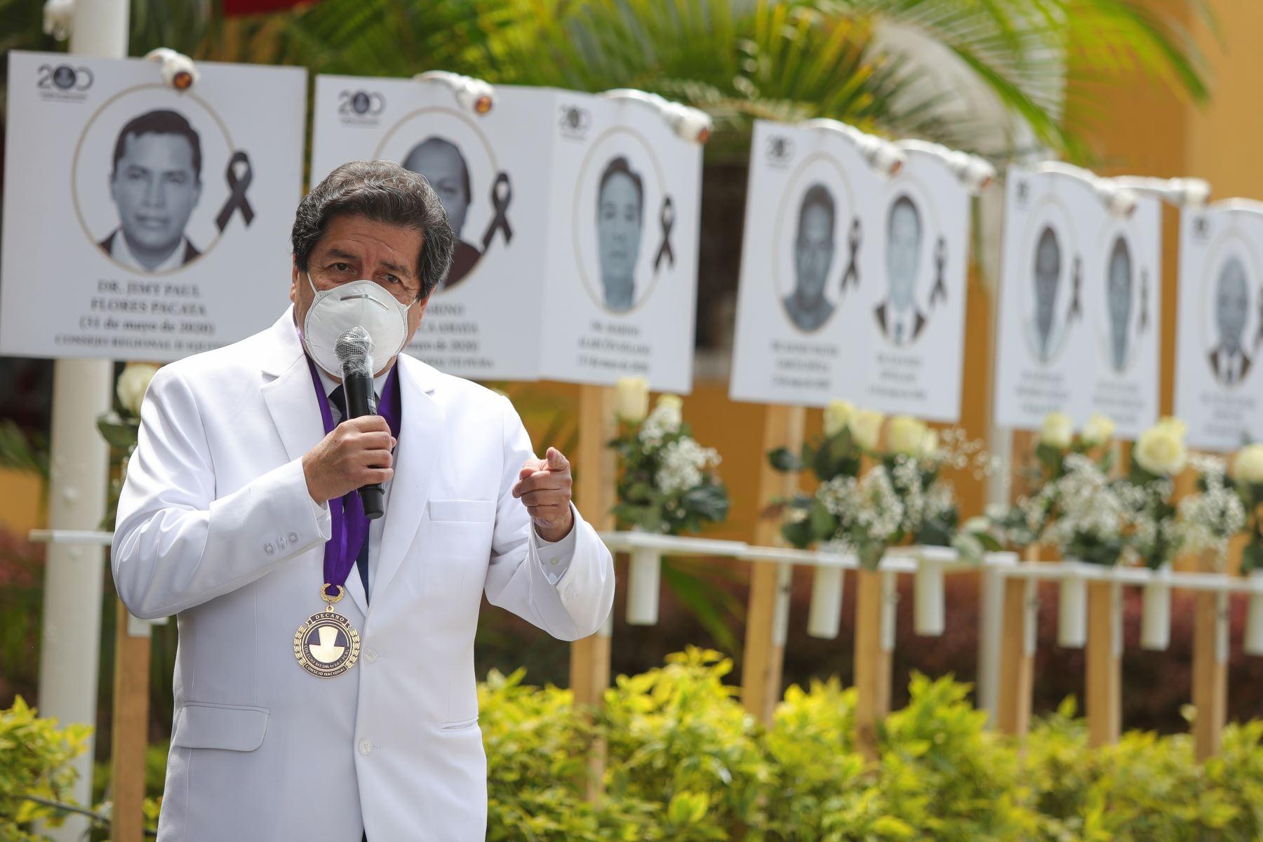 Miguel Palacios Celi, decano del Colegio Medico del Perú. Foto: ANDINA/ Prensa Presidencia
