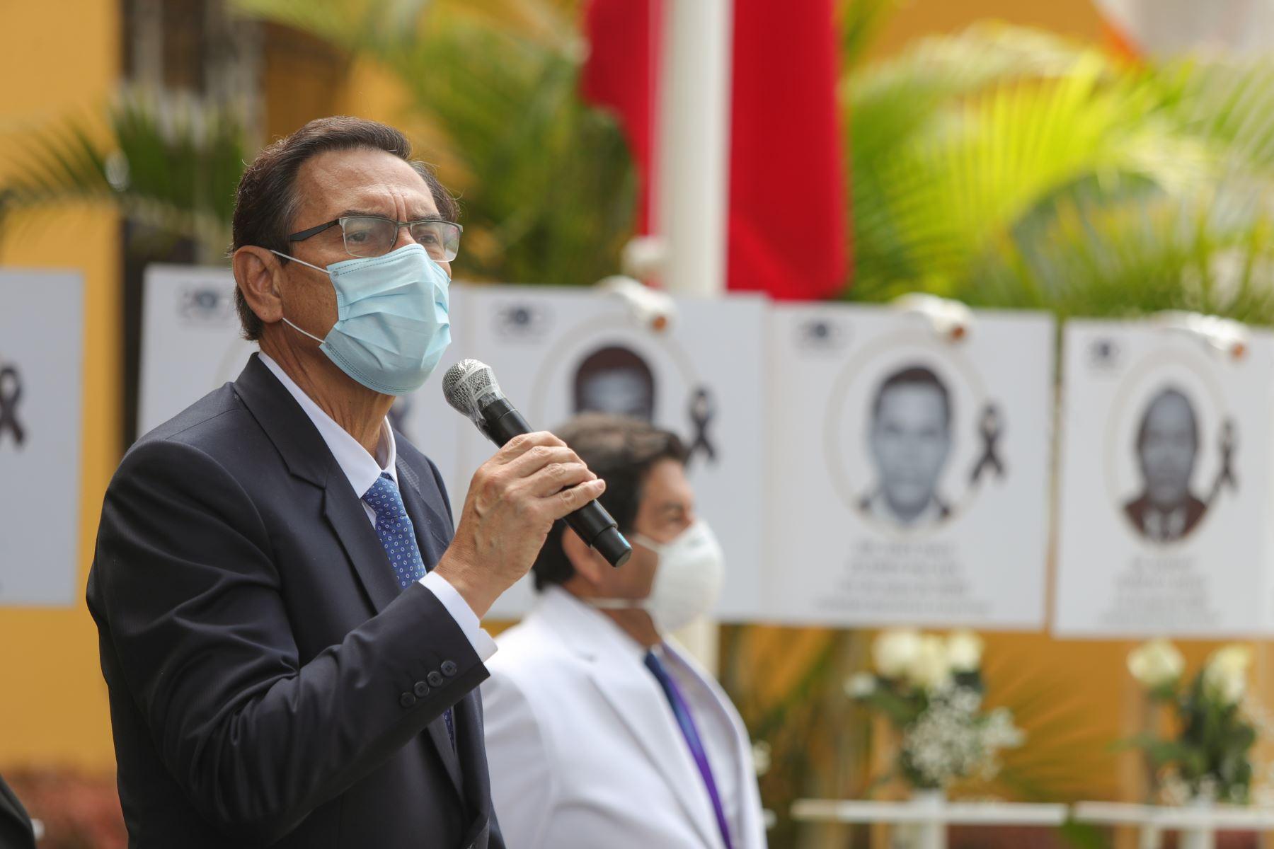 El jefe del Estado reiteró la voluntad y compromiso del Gobierno de trabajar en unidad y de forma permanente para combatir la pandemia y salir airosos de ella. Foto: ANDINA/ Prensa Presidencia