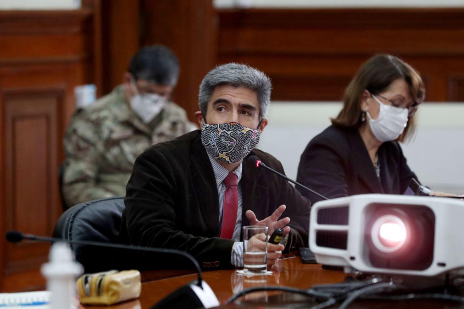 Ministro de Cultura, Alejandro Neyra, presentó los avances en la implementación de la estrategia de intervención en pueblos indígenas en el marco de la emergencia sanitaria por covid-19. Foto: PCM