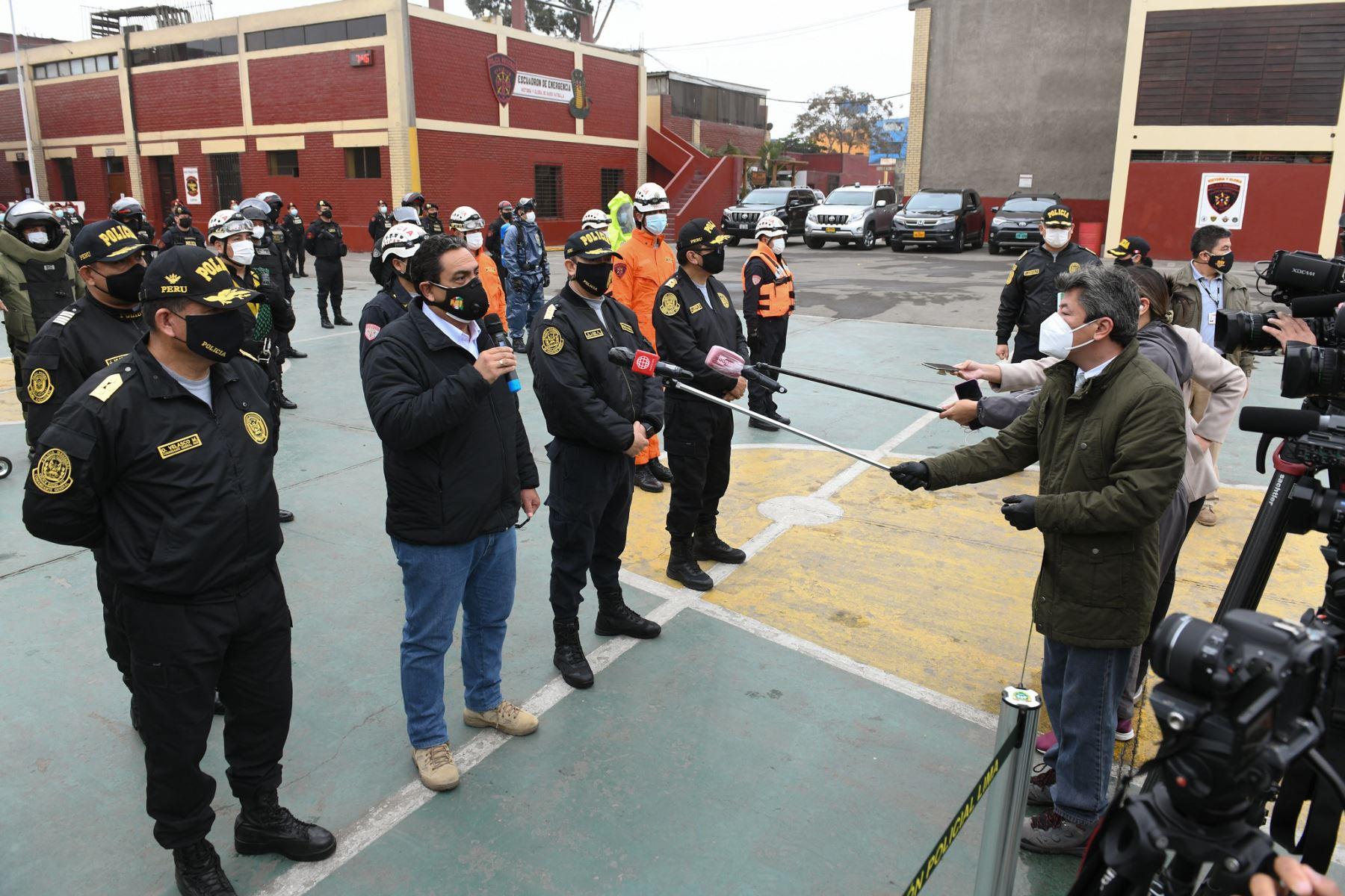 Ministro del Interior Jorge Montoya, exhorta a población a respetar inmovilización social los domingos.  Foto: ANDINA / MININTER