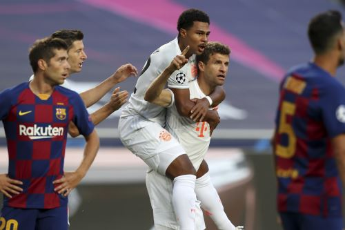 Bayern Munich  gana 8 a 2 al Barcelona en partido por los cuartos de final de la Liga de Campeones