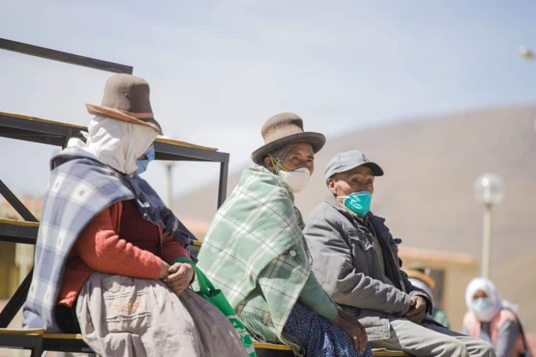 Estrategia Barrio Libre de Coranvirus en el poblado altoandino de San Juan de Taucani, región Arequipa. ANDINA/Difusión