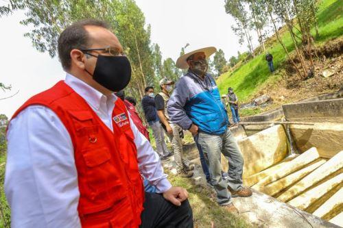 Cajamarca: Ministro de la Producción visitó a piscicultores y predio donde se instalaría la nueva Unidad Técnica del CITEmadera en la región