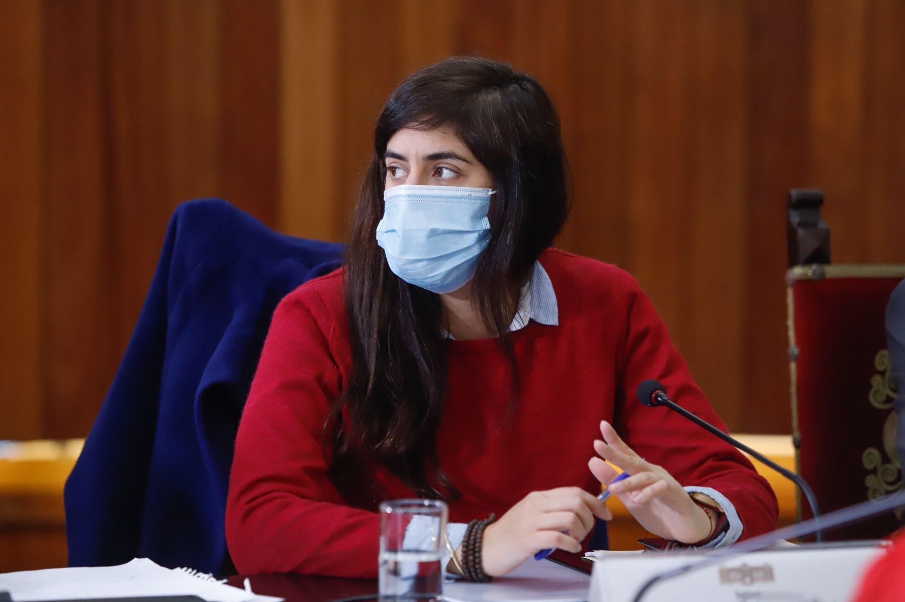 Ministra de Economía, Maria Antonieta Alva, participa en reunión donde se expondrán las propuestas del Pacto Perú. Foto: ANDINA/Prensa Presidencia