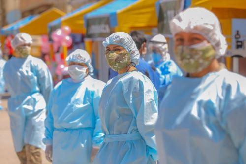 Los beneficiarios son los deudos de los fallecidos en la lucha contra la pandemia por el coronavirus. ANDINA/Difusión