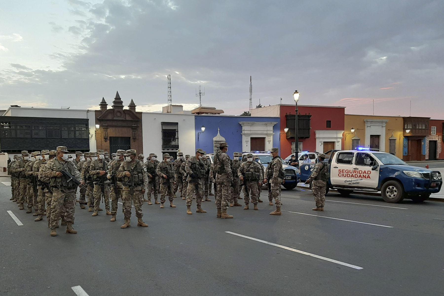 Las fuerzas del orden extremarán las medidas en Trujillo para hacer cumplir la cuarentena en esta ciudad para frenar el avance del coronavirus. ANDINA/Difusión