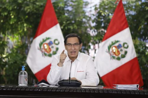 Peruvian President Martin Vizcarra addresses media outlets from the Government Palace in Lima. Photo: ANDINA/Presidency of the Republic