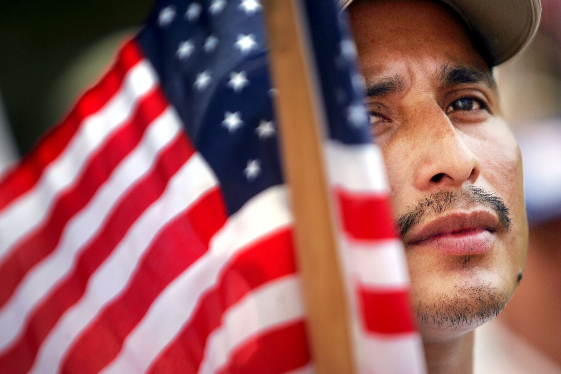 Gobierno de EE.UU. suspende las redadas de inmigrantes en lugares de trabajo